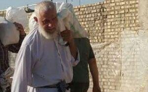 عکس/ کمکرسانی امام جمعه موقت اهواز به سیل زدگان