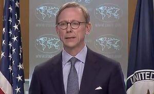 برایان هوک: یا با ایران کار کنید یا با آمریکا