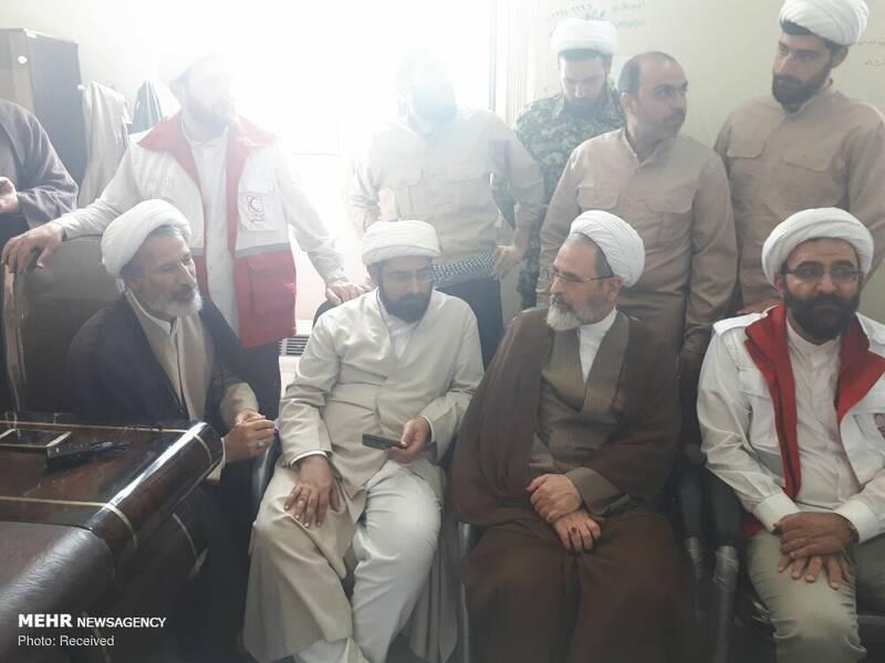 دیدار حجت الاسلام علی اکبری با گروه های جهادی طلاب پلدختر