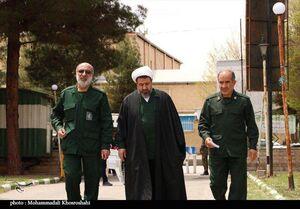 عکس/ لباس سبز امام جمعه کرمان