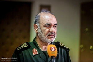 واکنش سردار سلامی به اقدام ترامپ علیه سپاه