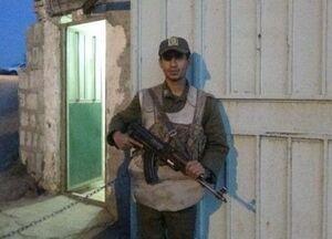 تشویق سرباز وظیفه شناس پاسگاه انتظامی پلدختر