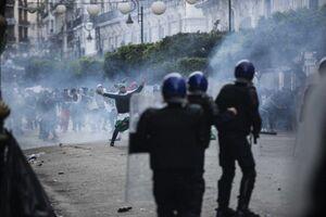 عکس/ تظاهرات ضد دولتی در الجزایر