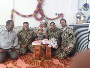 جشن تولد تکاوران ارتش برای دخترک پلدختری +عکس