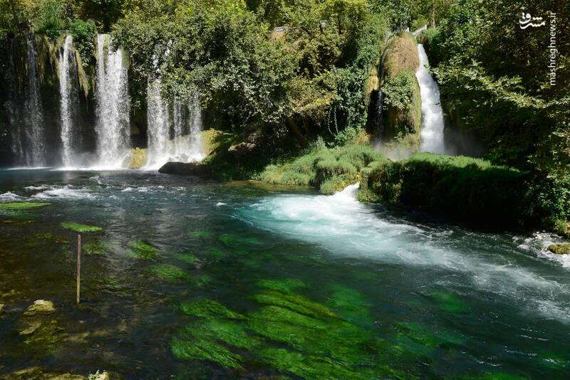 عکس/ آبشاری زیبا در ترکیه