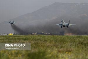 مرحله تمرینی رژه جنگنده بمب افکنهای نیروی هوایی ارتش