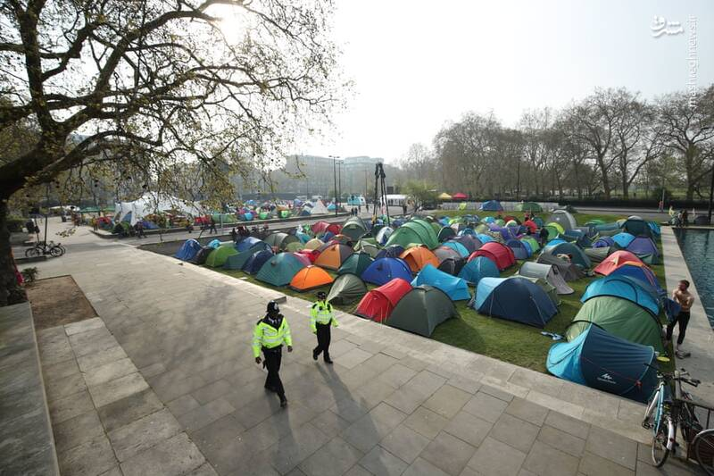 عکس/ بازداشت بیش از ۱۲۰ فعال محیط زیست در لندن - 3
