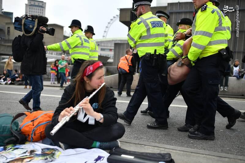 عکس/ بازداشت بیش از ۱۲۰ فعال محیط زیست در لندن - 12