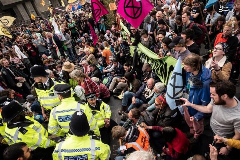 عکس/ بازداشت بیش از ۱۲۰ فعال محیط زیست در لندن - 5