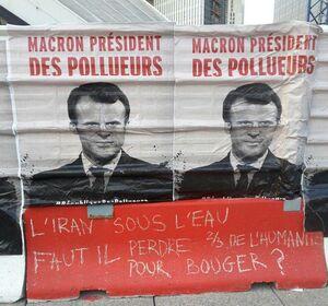 عکس/ دست نوشته فرانسویها برای سیل زدگان