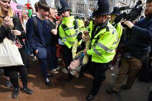 عکس/ لندن در اشغال هواداران محیط زیست