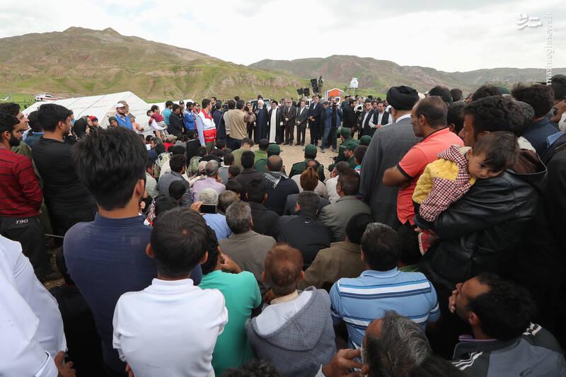 بازدید روحانی از روستای سیل زده شوره در استان ایلام