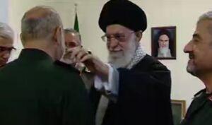 فیلم/ اعطاء درجه سرلشکری به سردار سلامی