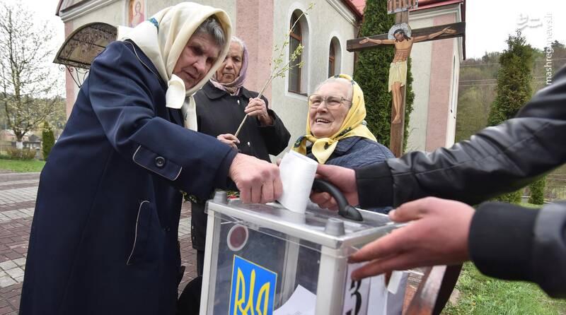 عکس/ پیروزی زلنسکی در انتخابات اوکراین - 15