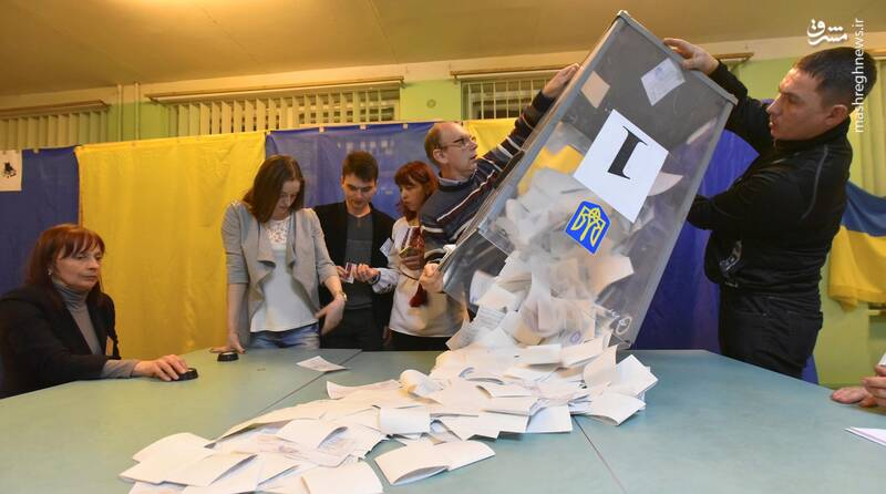 عکس/ پیروزی زلنسکی در انتخابات اوکراین - 16