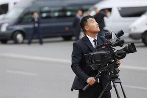 عکس/ حضور پرشمار خبرنگاران برای «اون»