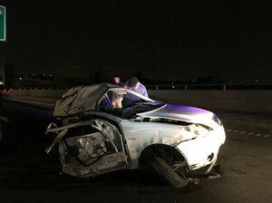 عکس/ برخورد مرگبار خودرو با تابلوی راهنمایی و رانندگی