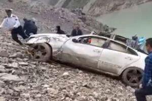 فیلم/ سقوط مرگبار خودرو در سد کرج