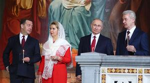 عکس/ پوتین در مراسم عید پاک