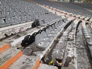 خسارت هواداران به ورزشگاه آزادی
