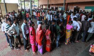 عکس/ هندیها در صف صندوق رای