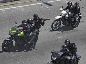 تصاویری از درگیریهای کودتای شکستخورده در ونزوئلا