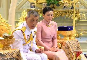 تصاویر عجیب از ازدواج پادشاه تایلند!