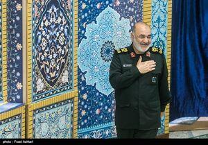 عکس/ فرمانده کل سپاه در نماز جمعه تهران