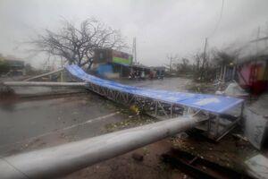 تصاویر جدید از طوفان مهیب در هند