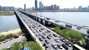 ترافیک سنگین و نیمه سنگین در محورهای هراز و کندوان