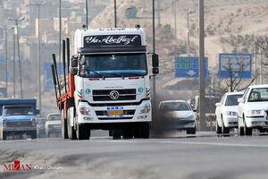 پلیس گذرنامه جان راننده کامیون را نجات دادند