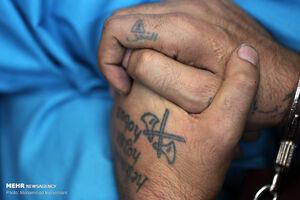 دستگیری سارقی با لباس مبدل و ۳۰۰ دسته کلید