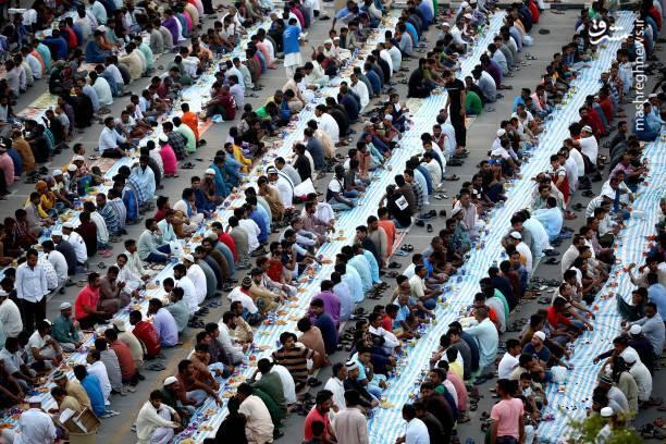اولین روز رمضان در امارات