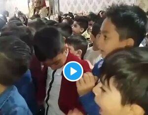 یک آهنگ زیبا در یک مدرسه پسرانه +فیلم
