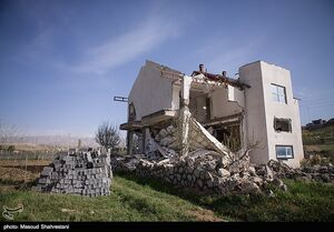 عکس/ تخریب ویلای غیر مجاز در فیروزکوه