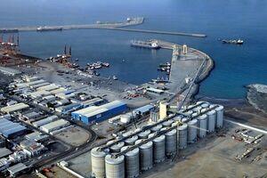 تاثیر انفجار نفتکشها در بندر فجیره بر قیمت نفت