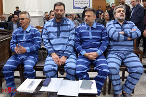 عکس/ اولین دادگان متهمان پرونده شرکت پدیده