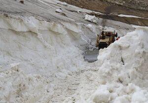 عکس/ برف روبی با ارتفاع ۱۰ متر