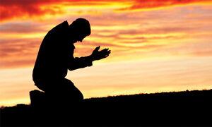 سبقت عبادت کنندگان