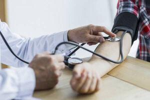 ۴۰ درصد ایرانی ها از فشار خون خود خبر ندارند