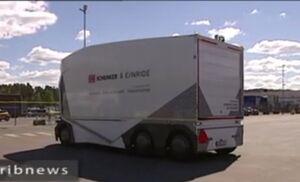فیلم/ رونمایی از کامیون بدون راننده در سوئد