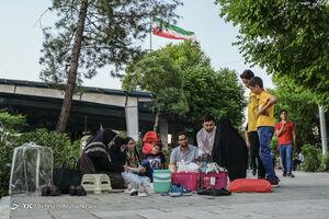 عکس/ ضیافت رمضان در گلزار شهداء
