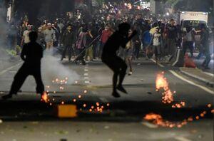 عکس/ تظاهرات مرگبار در اندونزی