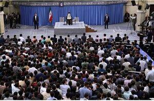 دیدار دانشجویان با رهبر انقلاب