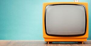 چرا صنعت تولید تلویزیون ایرانی کمرنگ شد؟ +جدول