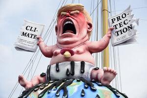 عکس/ چهره جهانی ترامپ