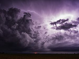 تصاویر هولناک از گردباد در آمریکا