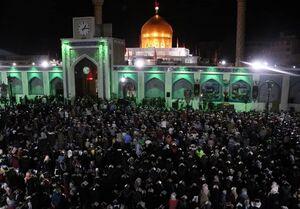 حال خوب دعا کردن در حرم حضرت زینب +عکس