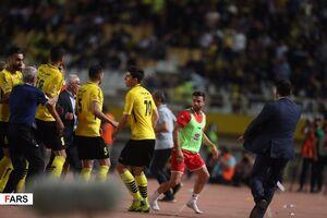 باشگاه پرسپولیس: سپاهان خسارت بدهد