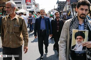 حضور «سردار غیبپرور» رئیس سازمان بسیج مستضعفین در راهپیمایی روز قدس